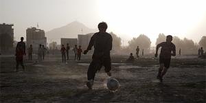 Imagen de un partido de fútbol en Kabul (AP)