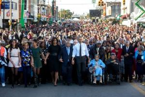 La familia Obama en la conmemoración del 50 aniversario de la marcha de Selma a Montgomery el 7 de marzo de 2015. ||  LA CASA BLANCA
